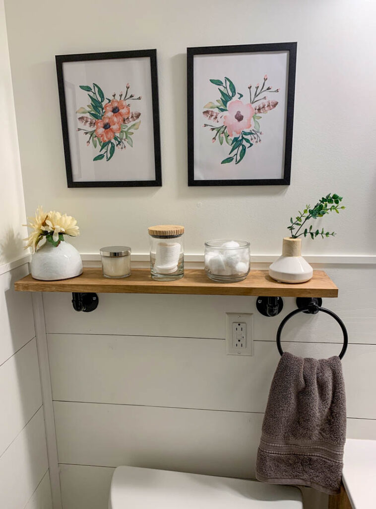 Free printables in a farmhouse bathroom