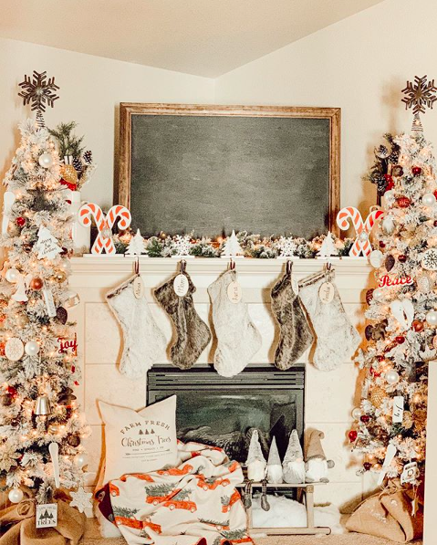 Friday Favorites - 10 Instagram Christmas Decor Faves