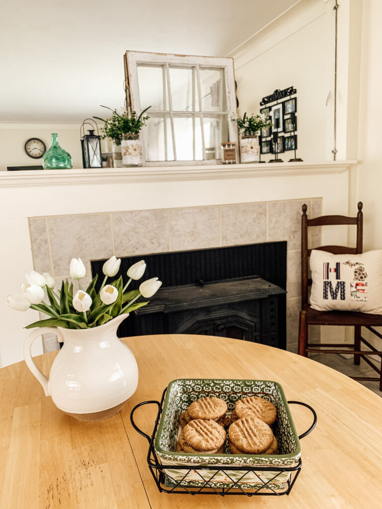 Tips for Styling a Mantle: Tip 3 - Add greenery